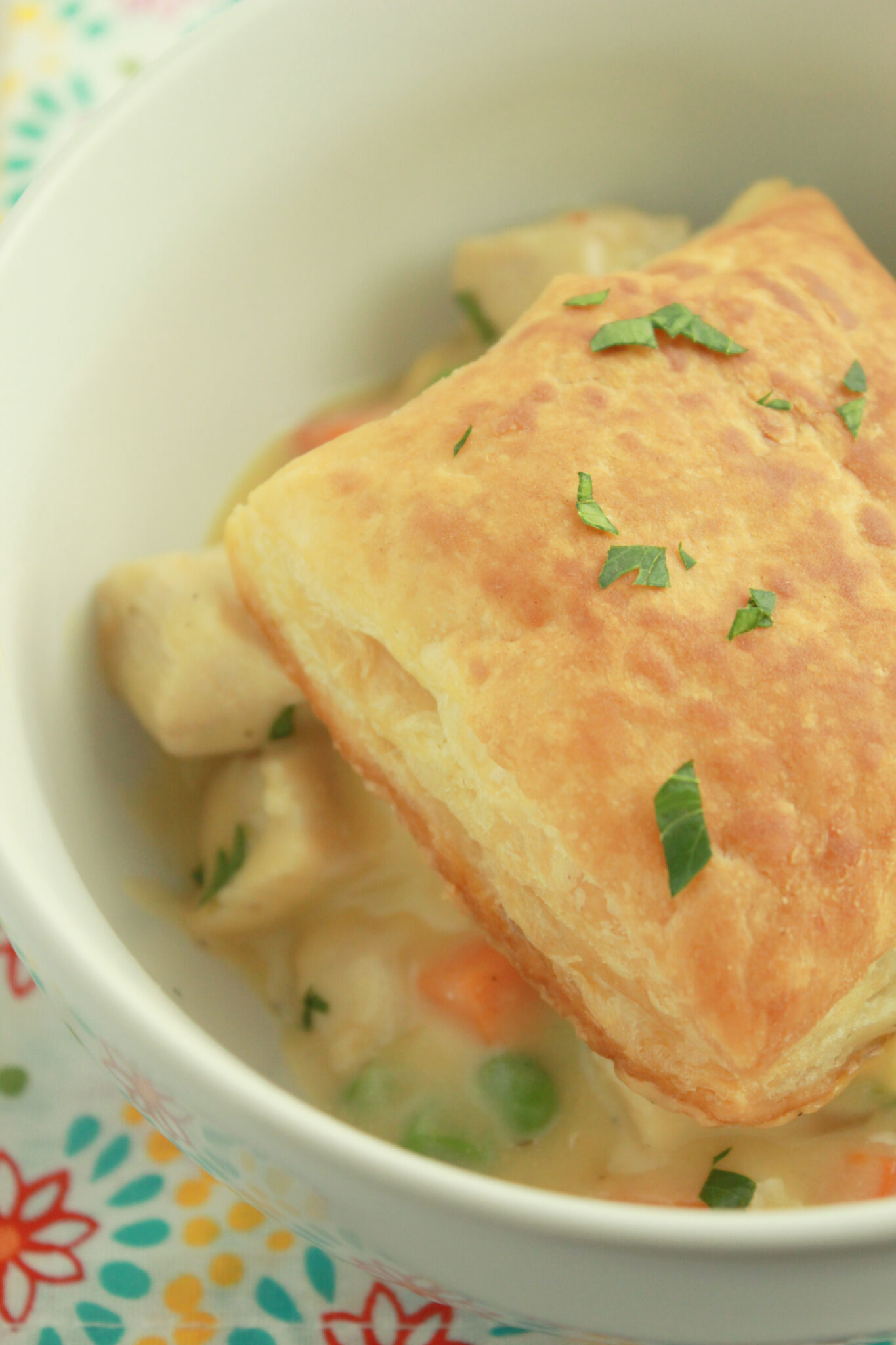 10 Back to School Dinner Ideas in 30 Minutes or Less featured by top US food blogger, Practically Homemade: chicken pot pie bowls