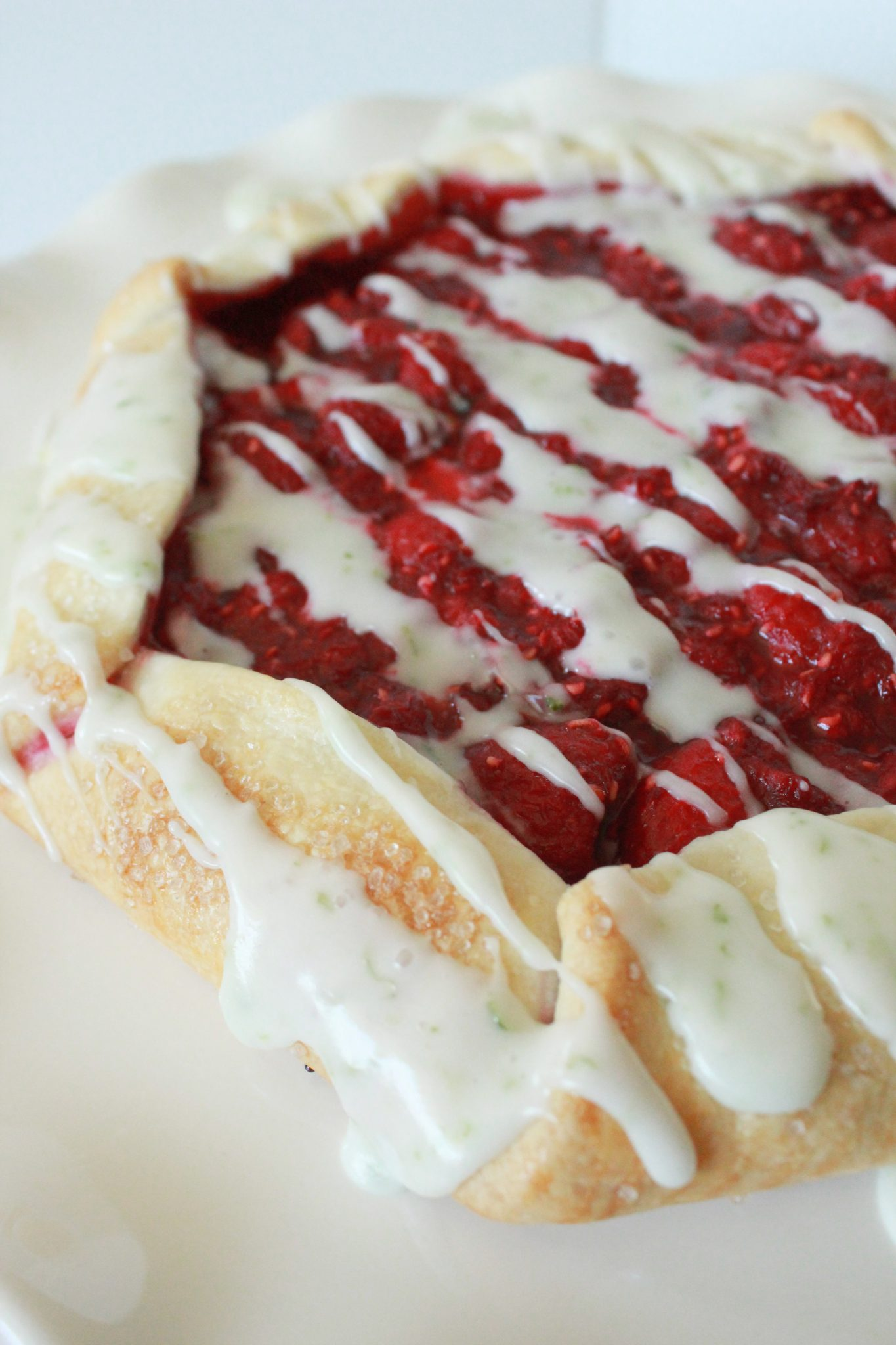 Top 5 Best Easy Thanksgiving Pie Recipes featured by top US dessert blog, Practically Homemade: raspberry galette and lime glaze