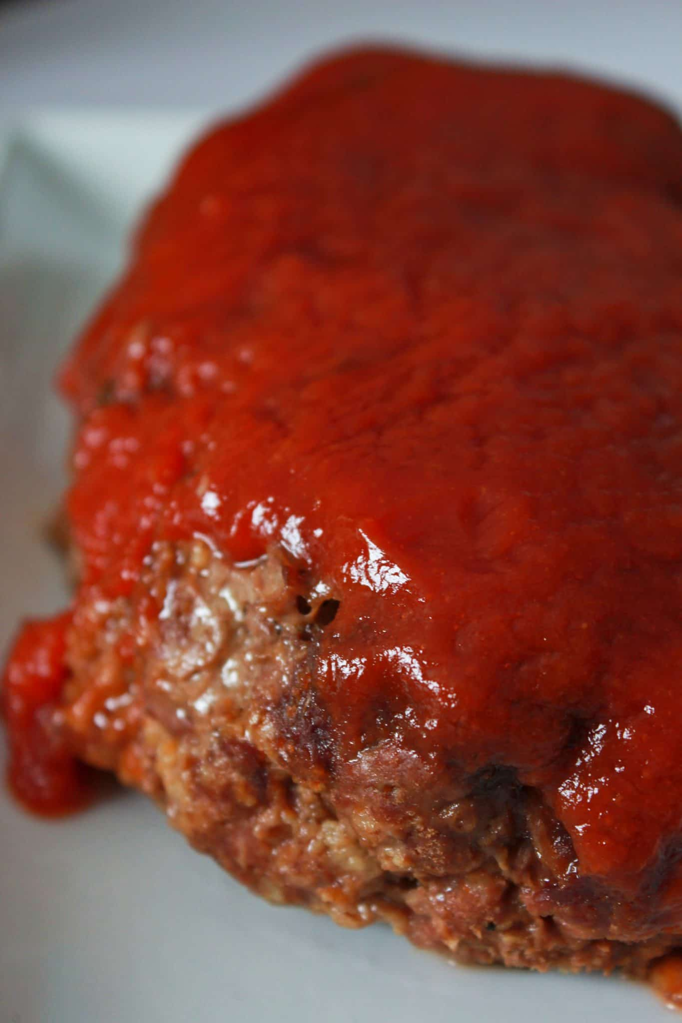Quick and Easy Family Dinners featured by top US food blog, Practically Homemade: crock pot meatloaf