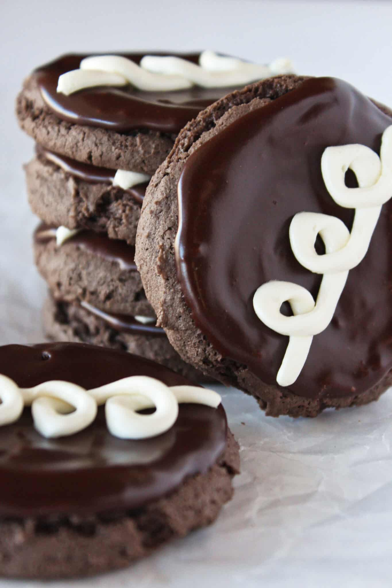 Hostess Cupcake Cookies Recipe with a Cake Mix featured by top US cookie blog, Practically Homemade.