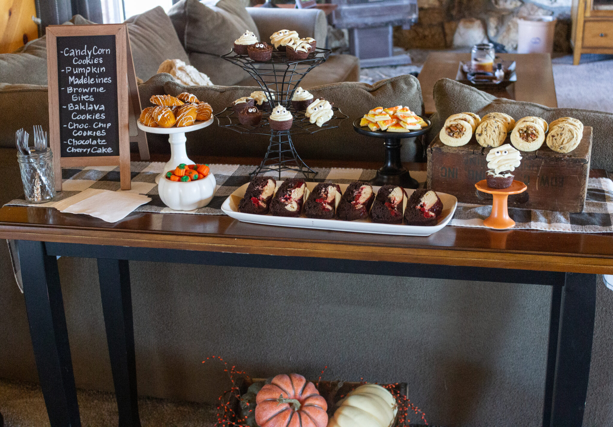 Halloween Dessert Table: 15 Fun and Spooky Ideas featured by top US dessert blogger, Practically Homemade